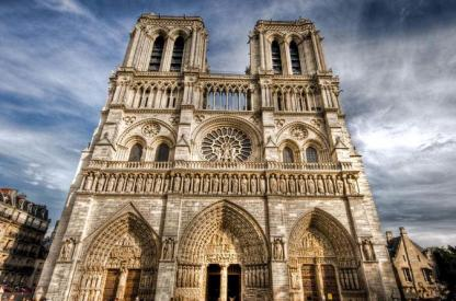 skip-the-line-notre-dame-cathedral-towers-and-ile-de-la-cite-with-host-in-paris-575199