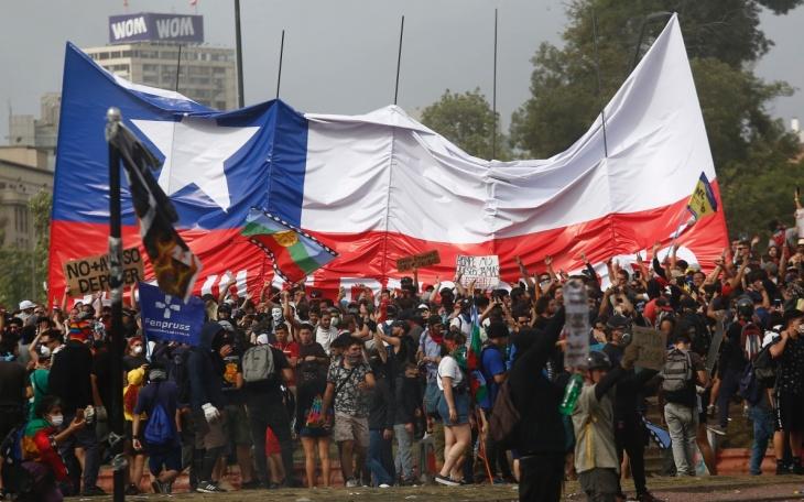 hero_santiago_cile_proteste.jpg